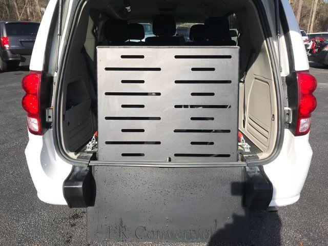 2016 Dodge Grand Caravan handicap wheelchair accessible van Dallas, Georgia 10