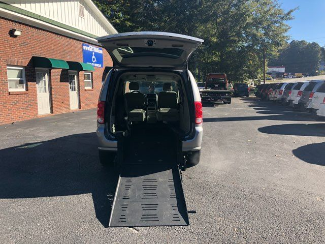 2016 Dodge Grand Caravan Handicap wheelchair accessible rear entry Dallas, Georgia 1