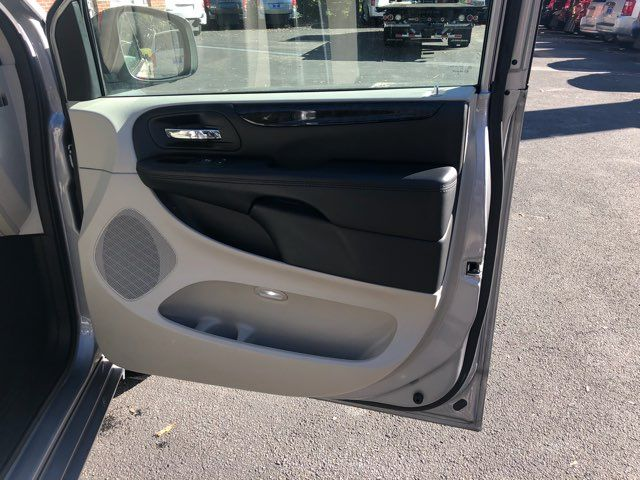 2016 Dodge Grand Caravan Handicap wheelchair accessible rear entry Dallas, Georgia 20