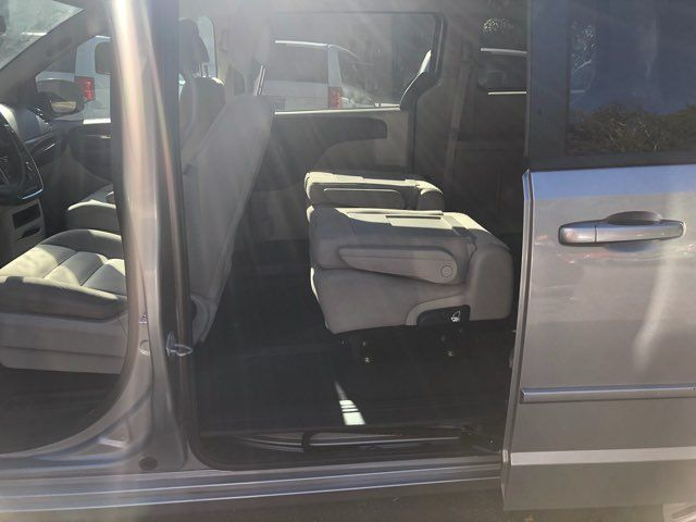 2016 Dodge Grand Caravan Handicap wheelchair accessible rear entry Dallas, Georgia 8