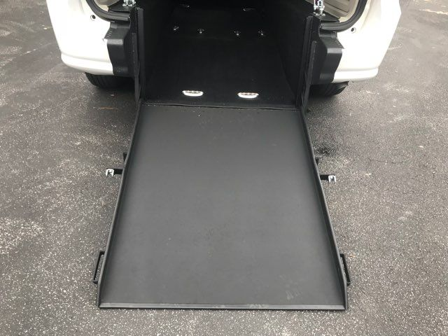 2016 Dodge Grand Caravan handicap wheelchair accessible van Dallas, Georgia 14