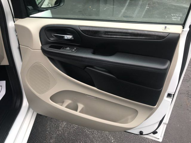 2016 Dodge Grand Caravan handicap wheelchair accessible van Dallas, Georgia 24