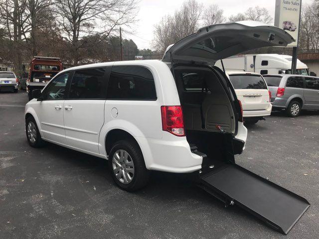 2016 Dodge Grand Caravan handicap wheelchair accessible van Dallas, Georgia 1