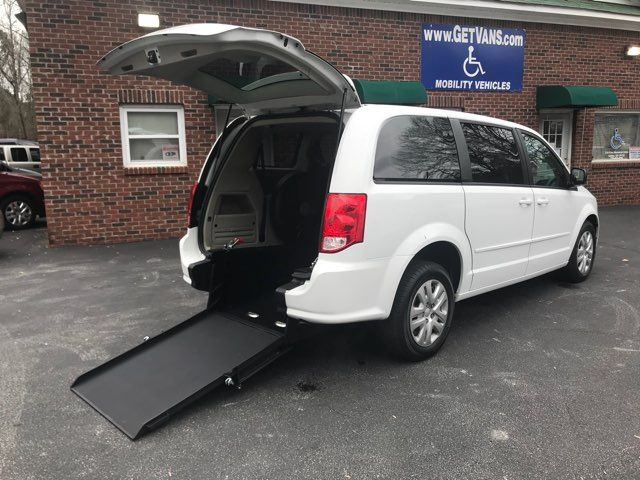 2016 Dodge Grand Caravan handicap wheelchair accessible van Dallas, Georgia 11