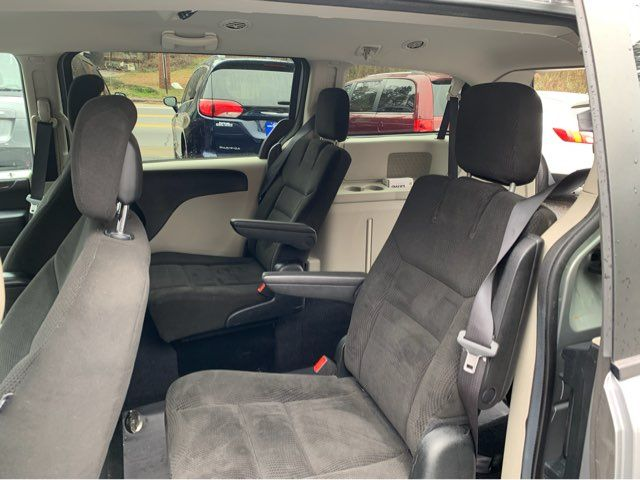 2016 Dodge Grand Caravan SXT handicap wheelchair van van Dallas, Georgia 15
