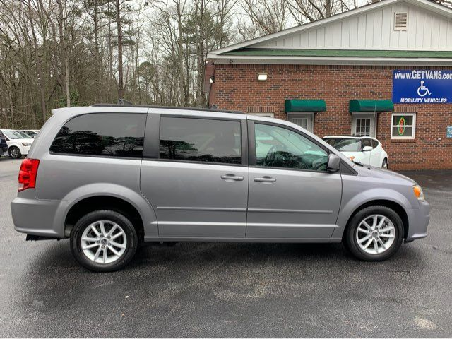 2016 Dodge Grand Caravan SXT handicap wheelchair van van Dallas, Georgia 4