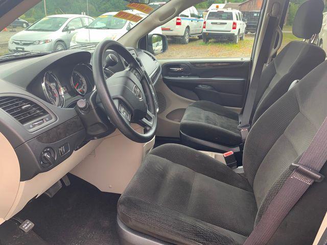 2016 Dodge Grand Caravan SE Hoosick Falls, New York 5