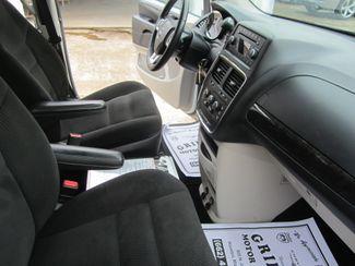 2016 Dodge Grand Caravan SE Houston, Mississippi 8