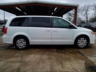 2016 Dodge Grand Caravan SE Houston, Mississippi 3