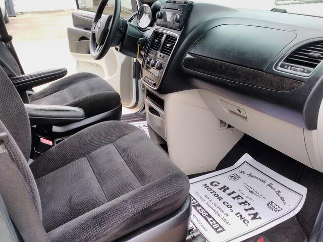 2016 Dodge Grand Caravan Houston, Mississippi 7