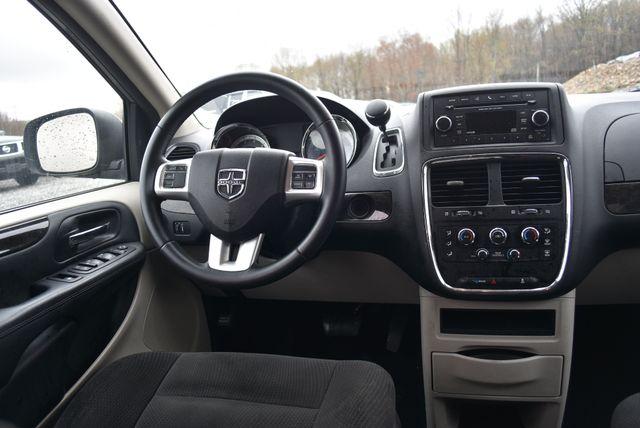 2016 Dodge Grand Caravan SE Naugatuck, Connecticut 12