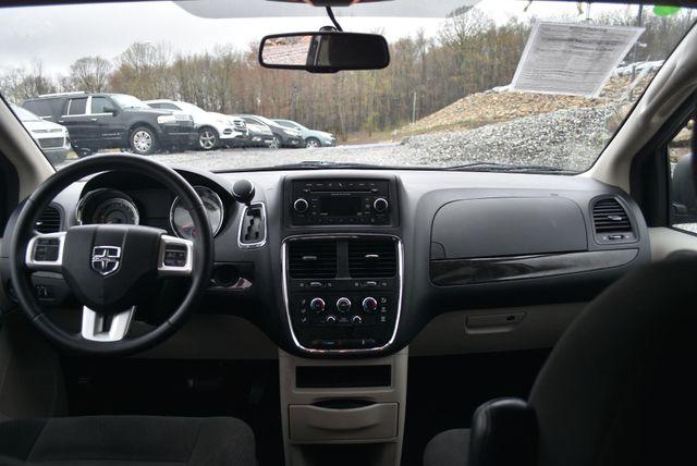 2016 Dodge Grand Caravan SE Naugatuck, Connecticut 13