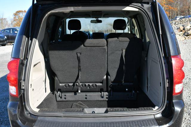 2016 Dodge Grand Caravan SE Naugatuck, Connecticut 10