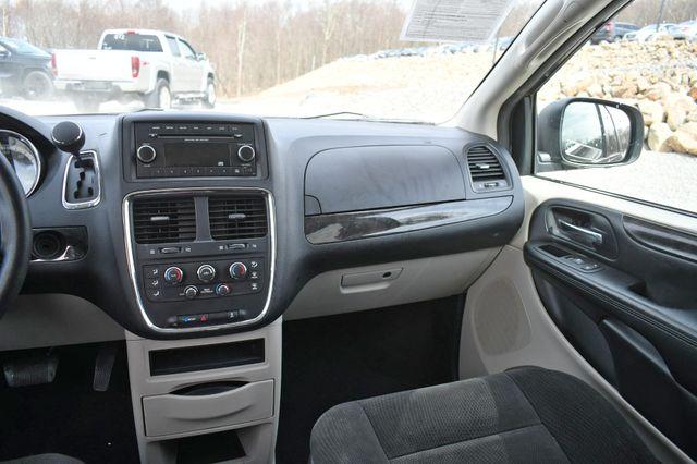 2016 Dodge Grand Caravan SE Naugatuck, Connecticut 17