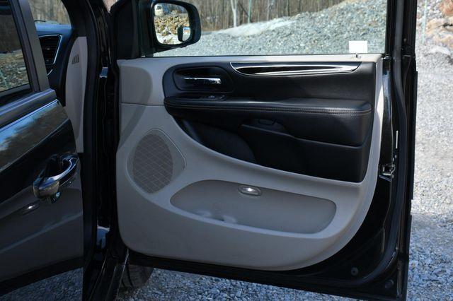 2016 Dodge Grand Caravan SE Plus Naugatuck, Connecticut 12