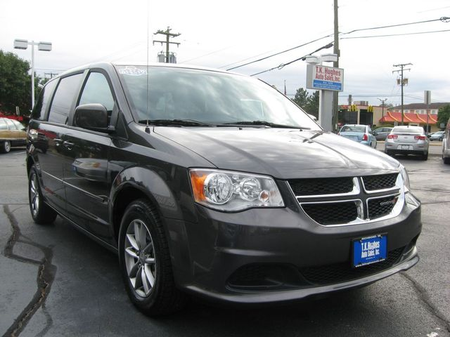 2016 Dodge Grand Caravan SE Plus Richmond, Virginia 3
