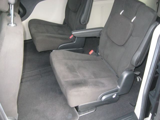 2016 Dodge Grand Caravan SE Plus Richmond, Virginia 12