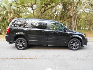 2016 Dodge Grand Caravan Se Plus Wheelchair Van Handicap Ramp Van Pinellas Park, Florida 1