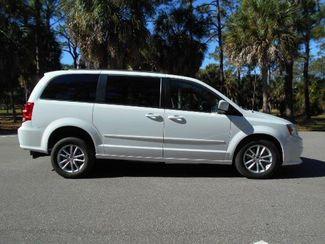 2016 Dodge Grand Caravan Sxt Wheelchair Van Pinellas Park, Florida 1