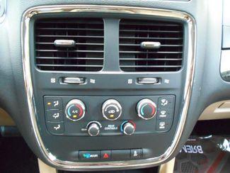2016 Dodge Grand Caravan Sxt Wheelchair Van Pinellas Park, Florida 12