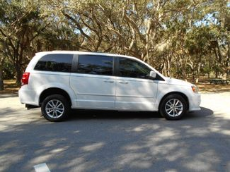 2016 Dodge Grand Caravan Sxt Wheelchair Van Pinellas Park, Florida 1