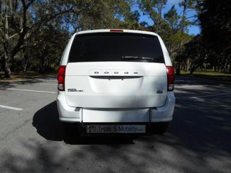 2016 Dodge Grand Caravan Sxt Wheelchair Van Pinellas Park, Florida 4