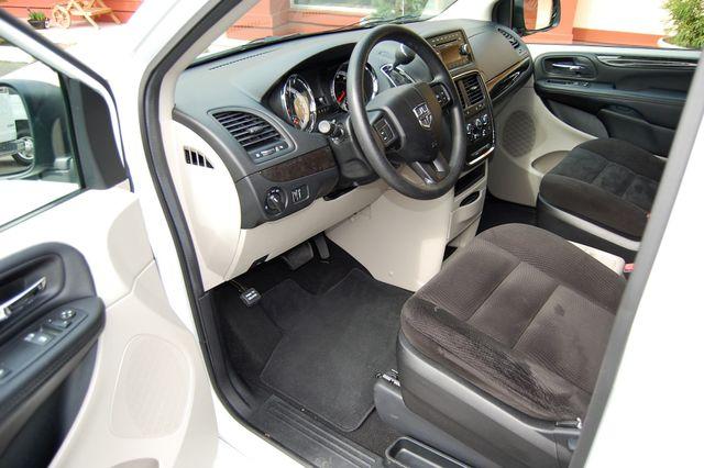 2016 Dodge H-Cap 2 Position Charlotte, North Carolina 11