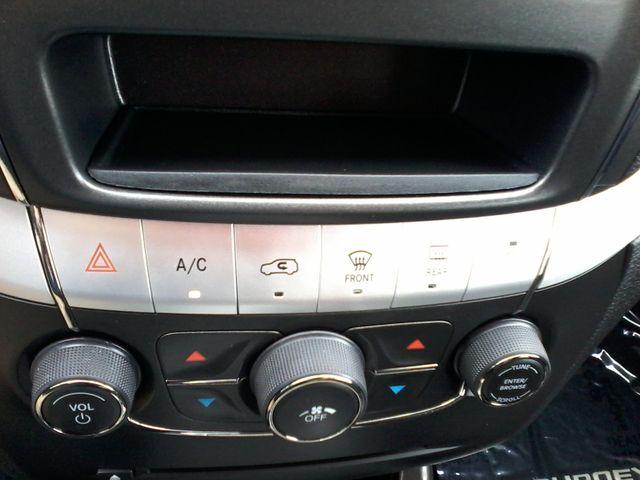 2016 Dodge Journey SXT V6 San Antonio, Texas 25