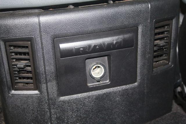 2016 Dodge RAM 1500 Big Horn 4X4 Houston, Texas 27