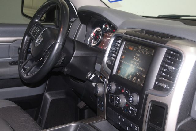 2016 Dodge RAM 1500 Big Horn 4X4 Houston, Texas 33
