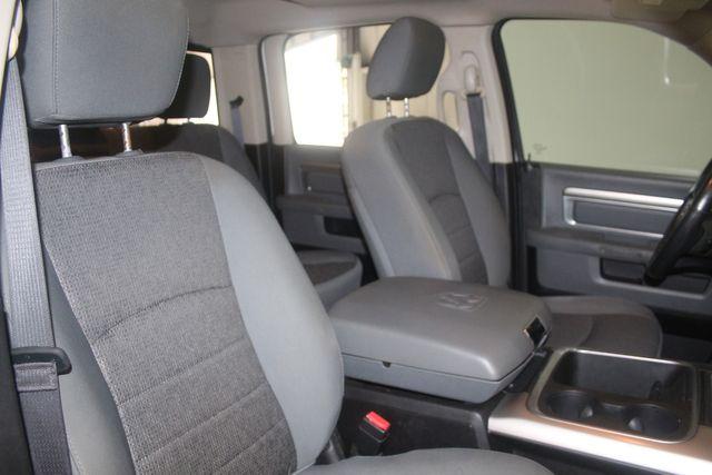 2016 Dodge RAM 1500 Big Horn 4X4 Houston, Texas 34