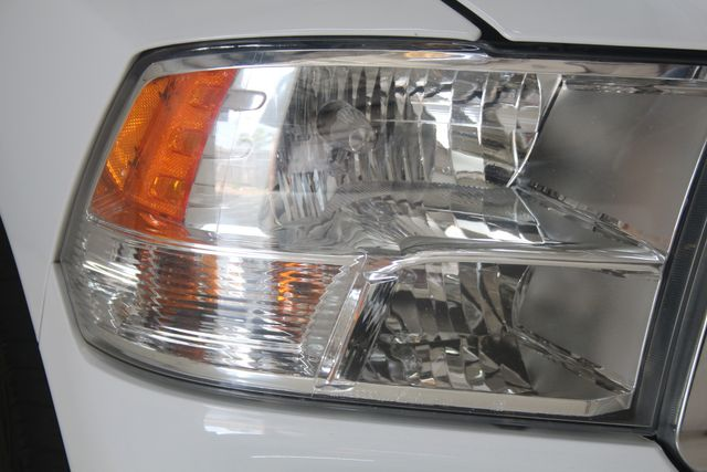 2016 Dodge RAM 1500 Big Horn 4X4 Houston, Texas 5