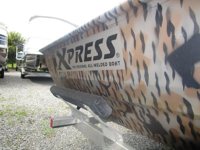 2016 Xpress xp200   in Charleston, SC