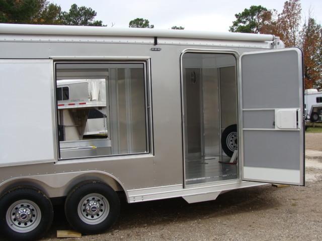 2016 Featherlite 4926 - 24' Enclosed Car Trailer ENCLOSED CAR TRAILER CONROE, TX 17