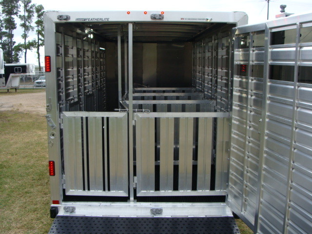 2016 Featherlite 8107 16' STOCK TRAILER WITH STALLS CONROE, TX 8