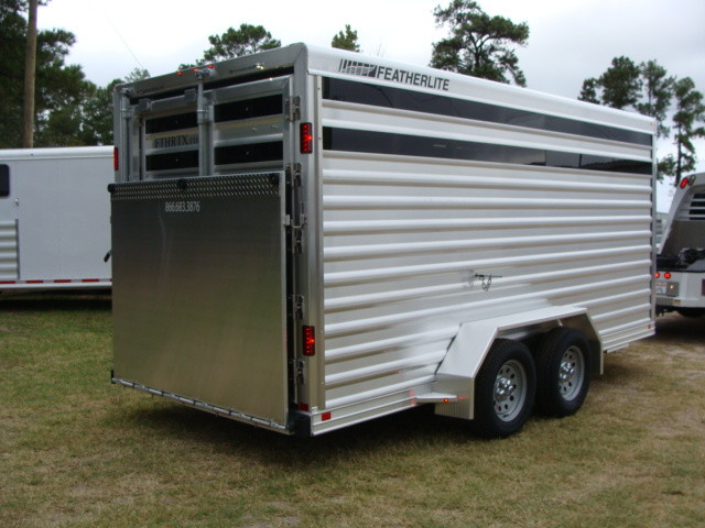 2016 Featherlite 8107 16' STOCK TRAILER WITH STALLS CONROE, TX 12