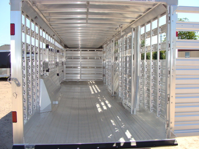 2016 Featherlite 8127 7 - 40' Stock Trailer STOCK TRAILER CATTLE TRAILER CONROE, TX 16