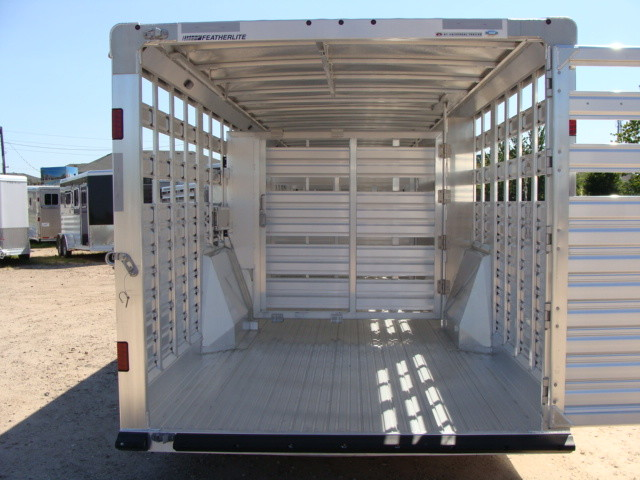 2016 Featherlite 8127 7 - 40' Stock Trailer STOCK TRAILER CATTLE TRAILER CONROE, TX 13