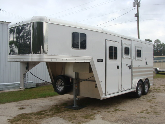 2016 Featherlite 8542 Legend Edition Two Horse Big Horse CONROE, TX 6