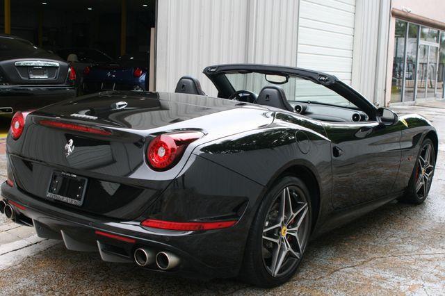 2016 Ferrari California T Houston, Texas 18