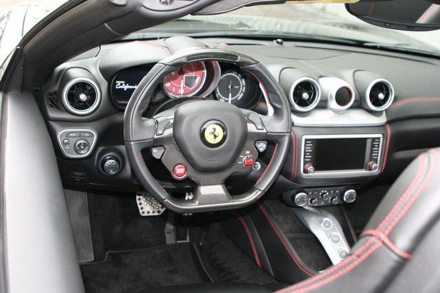 2016 Ferrari California T Houston, Texas 19