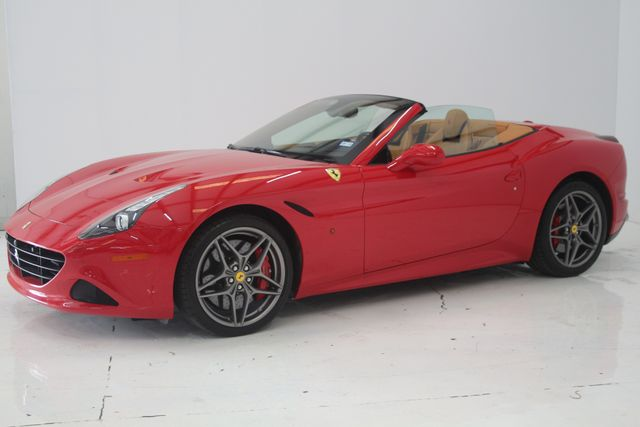 2016 Ferrari California T Houston, Texas 12