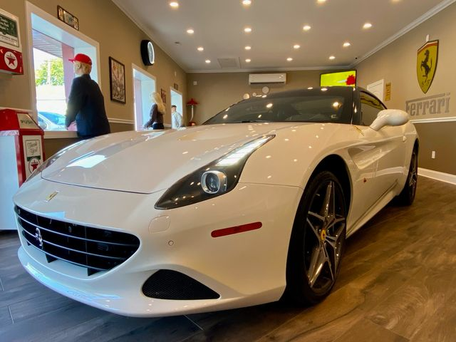 2016 Ferrari California T LOW MILES LOADED