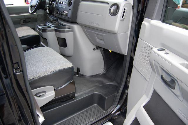 2016 Ford 15 Pass. Mini Bus Charlotte, North Carolina 6