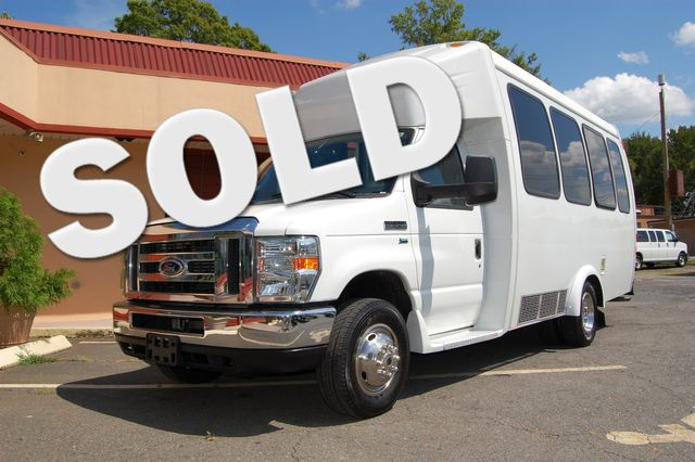2016 Ford 15 Pass. MIni Bus Charlotte, North Carolina