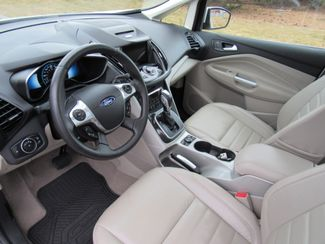 2016 Ford C-Max Hybrid SEL Bend, Oregon 5