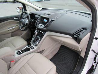 2016 Ford C-Max Hybrid SEL Bend, Oregon 6