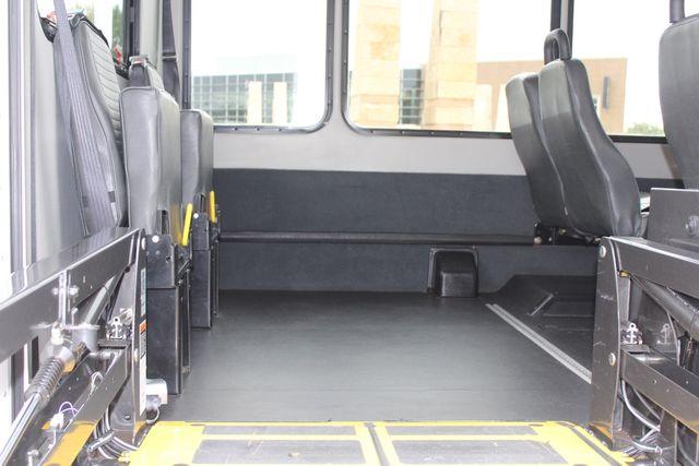 2016 Ford 15 Passenger Starcraft Shuttle Bus W/ Wheelchair Lift Irving, Texas 61