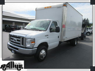 2016 Ford E450 16FT Cube Van in Burlington WA, 98233