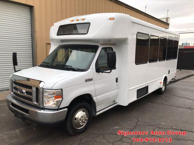 2016 Ford E-450 SHUTTLE BUS BUS in Las Vegas NV, 89102